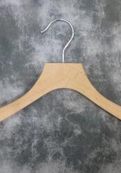 WOODEN OUTERWEAR HANGERS (10-PIECE BOX)